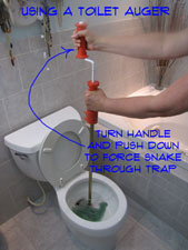 how-to-unclog-a-toilet-pic4